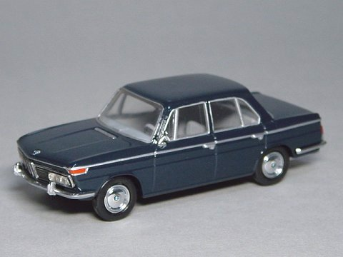 1966 BMW 2000 Dark blue